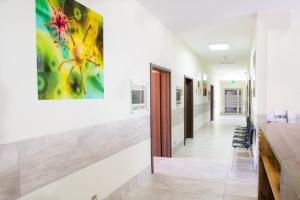 Korytarz i poczekalnia dla Pacjentów w LEKARZ DOMOWY